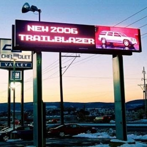 New Trailblazer - Automotive Signs for dealers