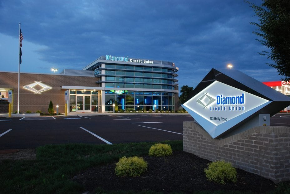 diamond credit union outdoor free standing sign